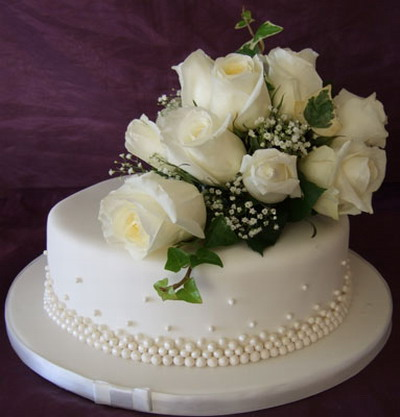 single-tiered-round-wedding-cakes[1]